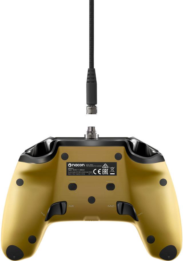 Nacon-Revolution-pro-controller-gold_03