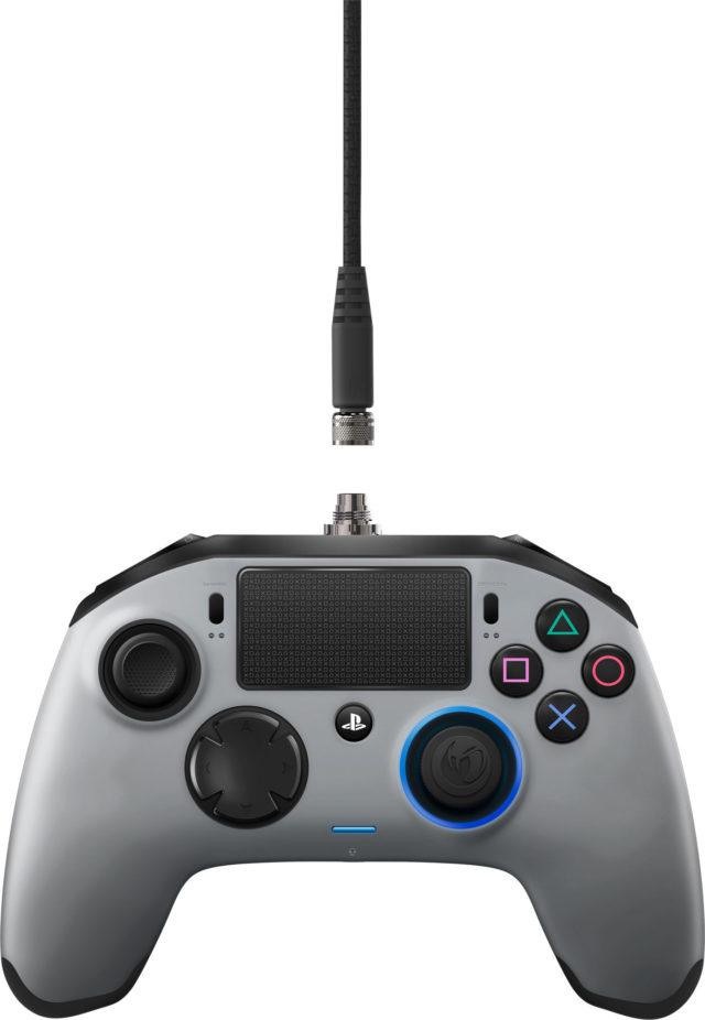 Nacon-Revolution-pro-controller-silver_05