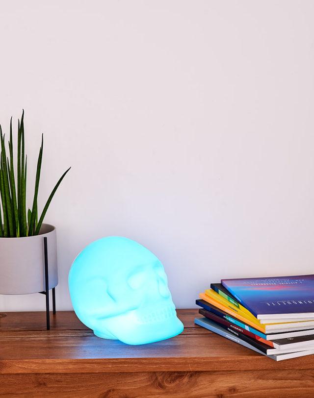 Bluetooth®-Lautsprecher – Lumin´Us Skull – Bild#2tutu#4tutu#6tutu#8tutu#10tutu
