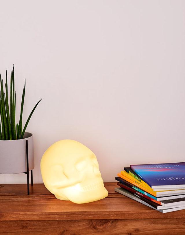 Bluetooth®-Lautsprecher – Lumin´Us Skull – Bild#2tutu#4tutu#6tutu#8tutu#10tutu#11