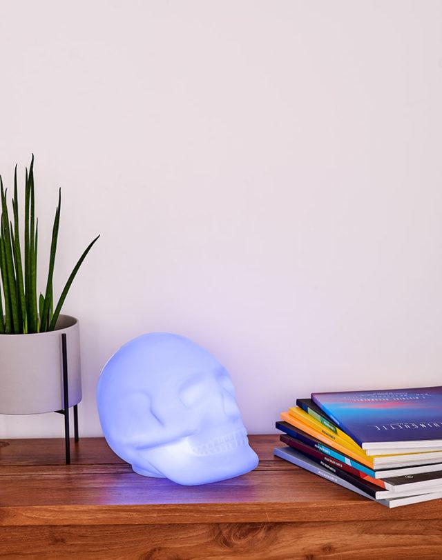 Bluetooth®-Lautsprecher – Lumin´Us Skull – Bild#2tutu#4tutu#6tutu#8tutu#10tutu#12tutu#13